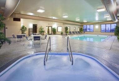 Holiday Inn Express Findlay