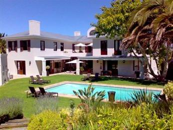 Nova Constantia Boutique Residence