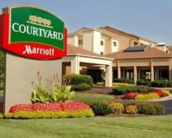 ‪Courtyard by Marriott Nashville Airport‬