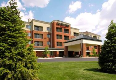 ‪Courtyard by Marriott Akron Stow‬