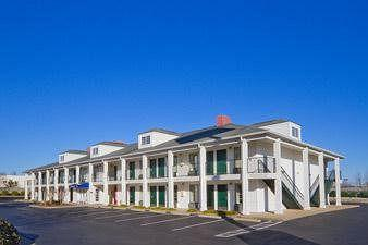 Photo of Baymont Inn & Suites Eden