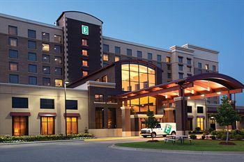 Embassy Suites Minneapolis - North