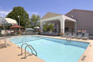 Days Inn Raleigh - Beltline