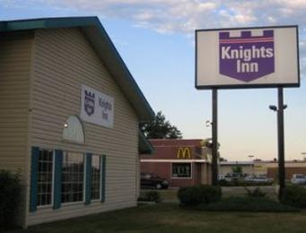 Litchfield Knights Inn