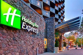 ‪Holiday Inn Express Edmonton Downtown‬