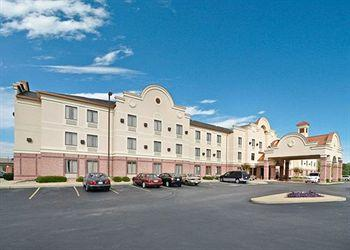 Comfort Inn & Suites Airport - American Way