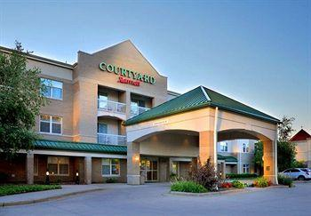 Photo of Courtyard Wausau