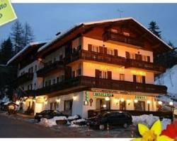 Meuble Villa Neve Hotel
