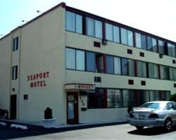 ‪Seaport Motel‬