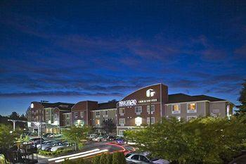 Photo of BEST WESTERN PLUS Navigator Inn & Suites Everett