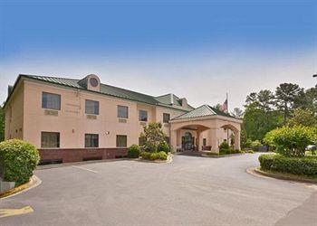 Photo of Econo Lodge Inn & Suites Marietta