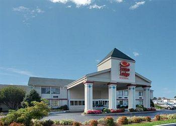 Photo of Econo Lodge & Suites Greensboro