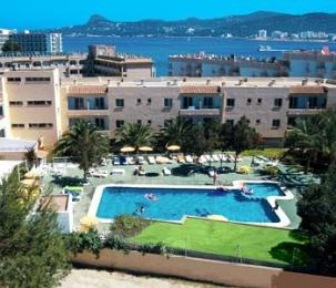 Photo of Hotel Apartamentos Sol Bay Sant Antoni de Portmany