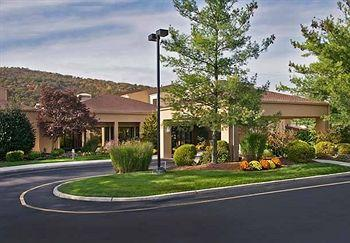 ‪Courtyard by Marriott Mahwah‬
