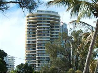 Photo of Spectrum Holiday Apartments Surfers Paradise