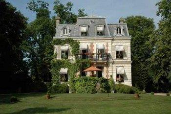 Photo of Villa Carioca Maisons-Laffitte