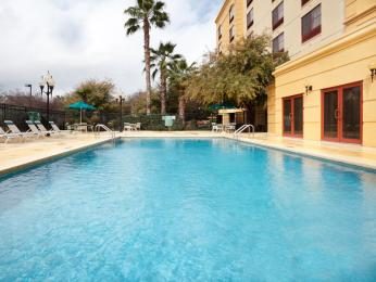 La Quinta Inn & Suites  San Antonio Downtown