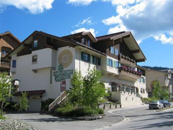 Sun Peaks Lodge