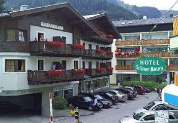 Photo of Hotel Gruener Baum Zell am See