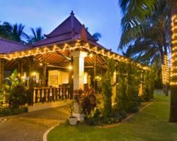 Puri Indah Beach Hotel