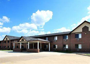 Photo of Econo Lodge Inn & Suites Dubuque
