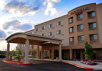 Courtyard by Marriott San Antonio North