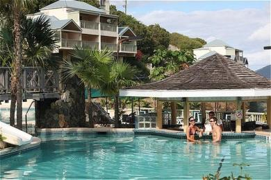 Long Bay Beach Resort & Villas
