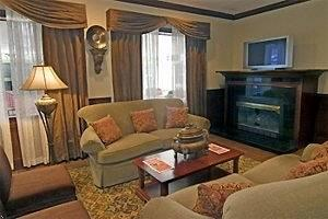 ‪BEST WESTERN PLUS Burlington‬