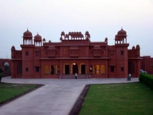 Photo of Hotel Gaj Kesri Bikaner
