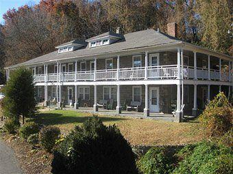 Photo of Calhoun House Inn & Suites Bryson City