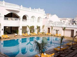 Photo of Country Inns & Suites by Carlson Goa