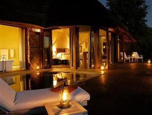 Madikwe Hills Private Game Lodge