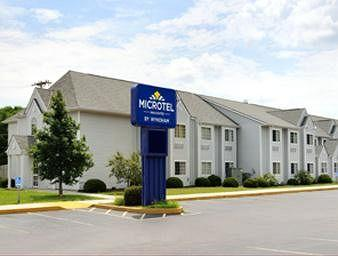Microtel Inn & Suites by Wyndham Riverside