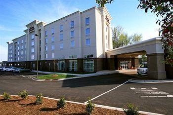 Photo of Hampton Inn and Suites Charlotte Airport
