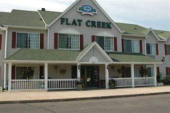 ‪Flat Creek Inn & Suites‬