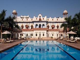 Laxmi Vilas Hotel