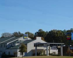 Photo of Scottish Inn Memphis Airport