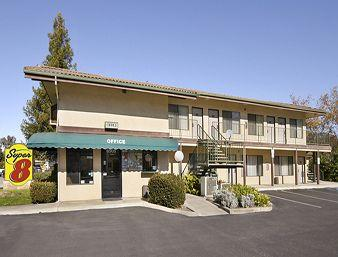 Photo of Super 8 Atascadero