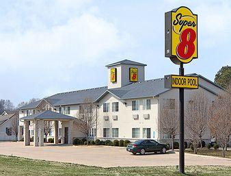 Super 8 Motel - Ripley