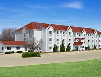 Photo of Ramada Limited Bloomington