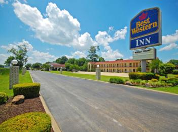 Photo of Best Western Inn West Helena
