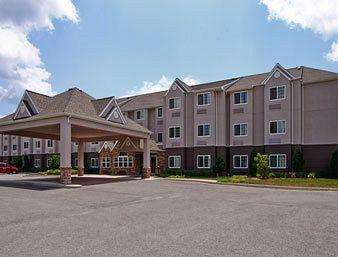 Photo of Microtel Inn & Suites By Wyndham Bridgeport