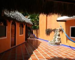 Photo of Hotel Le P'tit Hotel Puerto Escondido