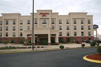 Photo of Hampton Inn Canton, MS