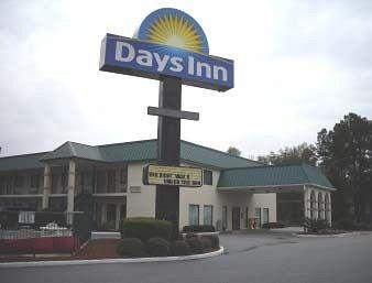 ‪Days Inn Summerton‬