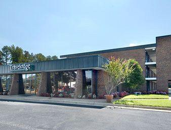 Photo of Travelodge Inn & Suites Williamsburg Historic Area