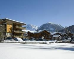Photo of Hotel Les Peupliers Courchevel