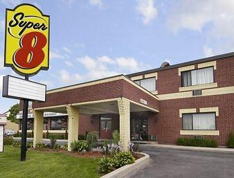Super 8 Motel - Sarnia