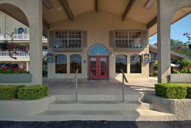 Photo of Best Western Sunday House Inn Kerrville