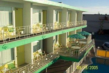 Photo of Knoll's Resort Motel Wildwood